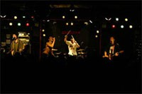 '03.9.3 Kofu KAZOO HALL<br /> Tour'03-Hands and Feet-<br /> Photo by Tsukasa Miyoshi