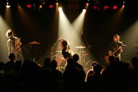 '05.11.30 Paris in FRANCE La Maroquinerie<br /> Photo by Tsukasa Miyoshi